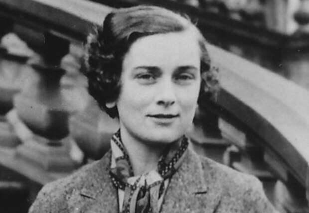 Не только Филипп: четыре члена британской королевской семьи, которые дожили до 95 лет