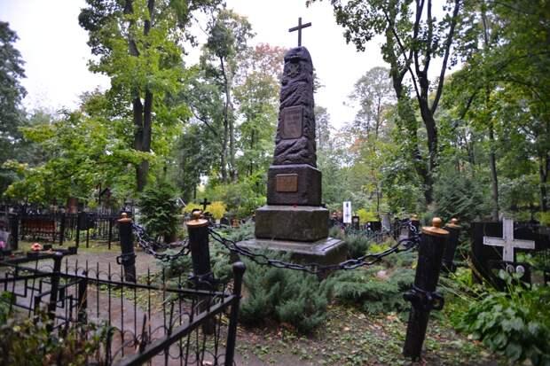 На Введенском кладбище приведут в порядок десять мавзолеев и одну могилу