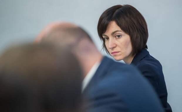 Выборы вМолдавии: фобии истрахи Санду связаны сДодоном