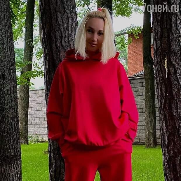 «Алкоголичка»: Кудрявцева попала в скандальный список знаменитостей