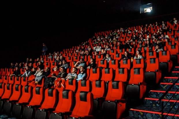 Россияне после самоизоляции предпочтут поход в кинотеатры онлайн-просмотрам