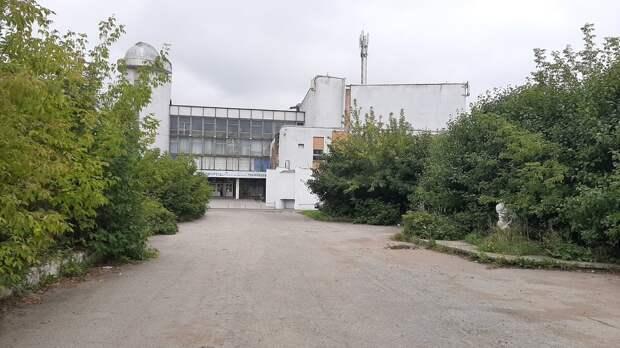 В духе патриотизма: территорию у Дворца детского творчества в Ижевске могут благоустроить по инициативе горожан