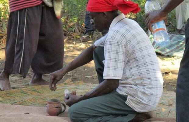 Кения ведьмы, колдовство, колдуны, суеверия