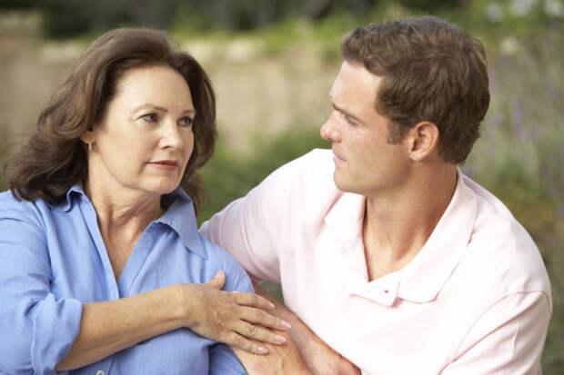 Эмоциональное насилие матерей над сыновьями
