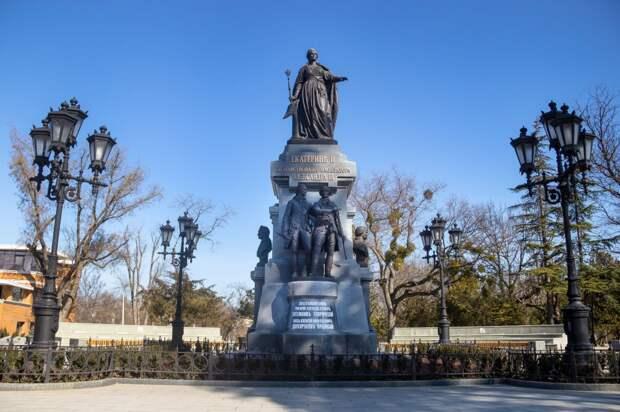 История показывает, что Крым достигал наивысшего расцвета только будучи в составе России, — Аксёнов