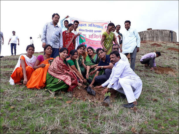 1,5 миллиона индийцев посадили 66 млн деревьев за 12 часов - и побили рекорд!
