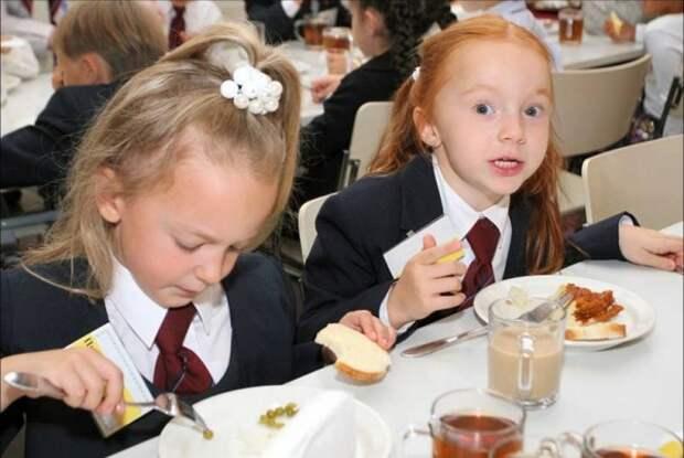 Власти Севастополя индексируют стоимость бесплатного ежедневного питания для школьников