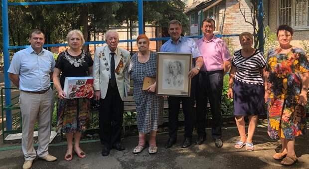 Дмитрий Ламейкин и Георгий Антониади вручили портреты и памятные книги ветеранам Великой Отечественной войны в рамках акции  «Лицо Победы»