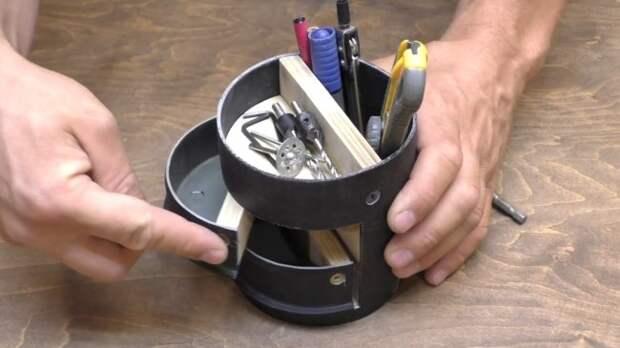 Простой и удобный органайзер из куска сантехнической трубы