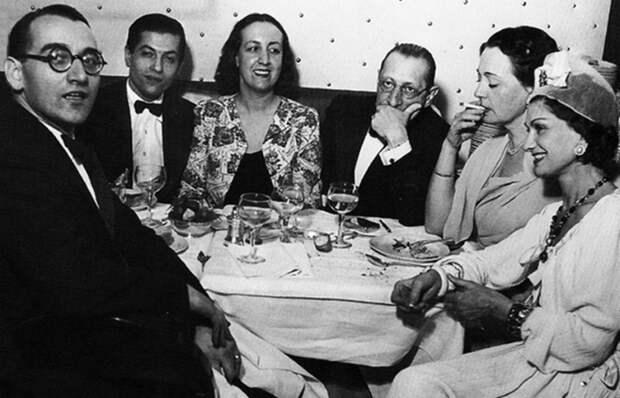 Таинственная связь Коко Шанель и Игоря Стравинского: Музыка, страсть и духи