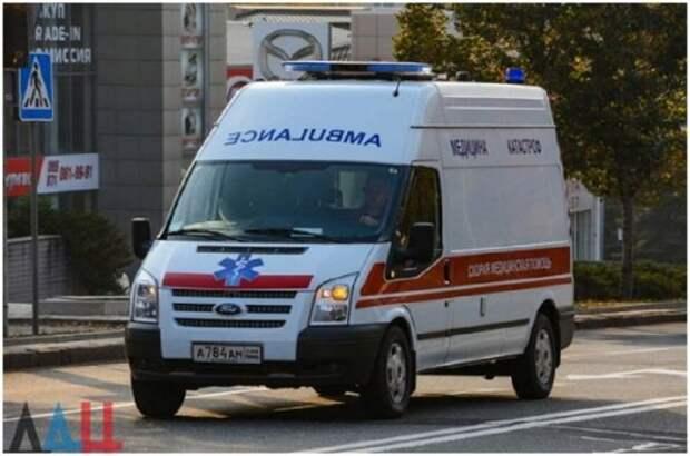 Минздрав ДНР предупреждает о большой загрузке скорой помощи из-за роста заболеваемости COVID-19