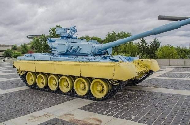Рожин перечислил виды старого вооружения, которым Украина оснащает ВСУ