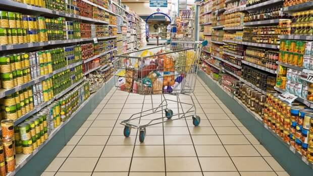 Эксперты рассказали о возможности заражения коронавирусом в торговых центрах