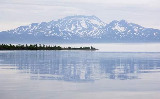 В 10 км к югу от Кроноцкого озера находится вулкан Крашенинникова