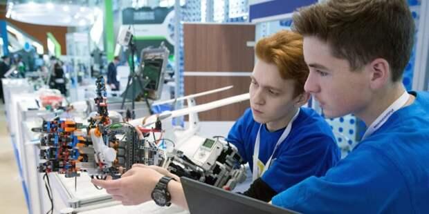 Сергунина: В Москве пройдут соревнованияпо робототехнике для школьников. Фото: Е. Самарин mos.ru