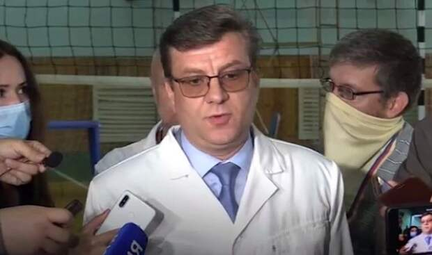 Главврач лечившей Навального больницы возглавил омский Минздрав
