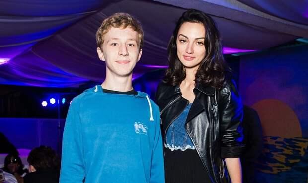 Семён Трескунов признался, что лишь год назад начал общаться со своей биологической матерью