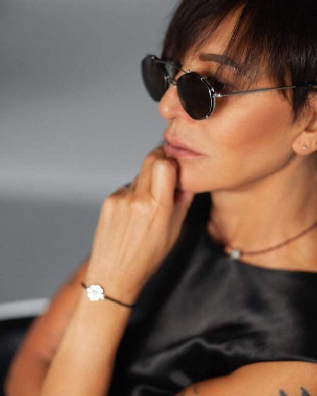 Какая роскошная! Ирина Хакамада поразила стройностью и лаконичным нарядом