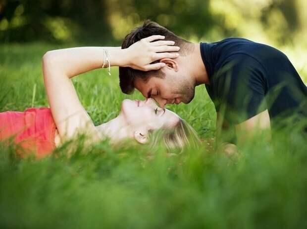 Как узнать, что между вами нечто большее, чем просто дружба