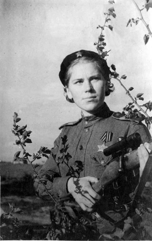 Снайпер Роза Шанина