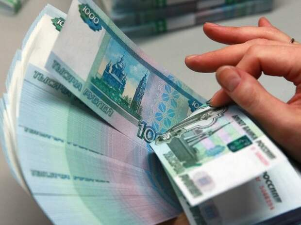 Автомобилистов предложили лишать прав за любые долги в 10 тысяч рублей