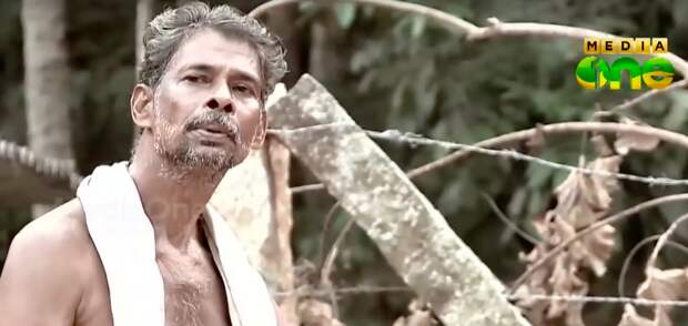 Царь горы: парализованный индиец прорубил гору, чтобы небыть обузой семье