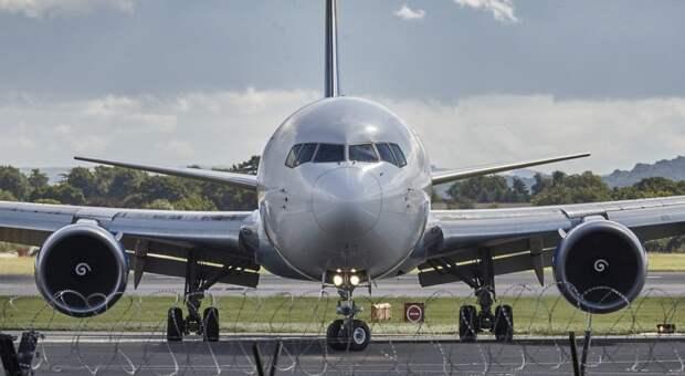 Невозможно спасти всех: до половины российских авиакомпаний не переживут кризис