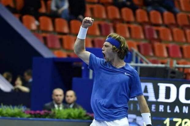 Рублев остается грозой турниров категории АТР 500. В Дубае он одержал уже 21-ю победу подряд. А вот Хачанов заставил понервничать