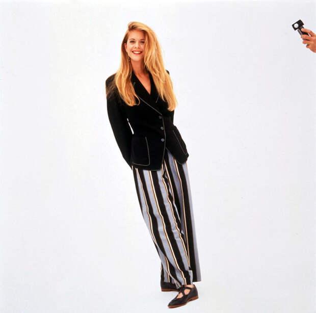 Мег Райан (Meg Ryan) в фотосессии Деборы Файнголд (Deborah Feingold) (октябрь 1991), фото 4
