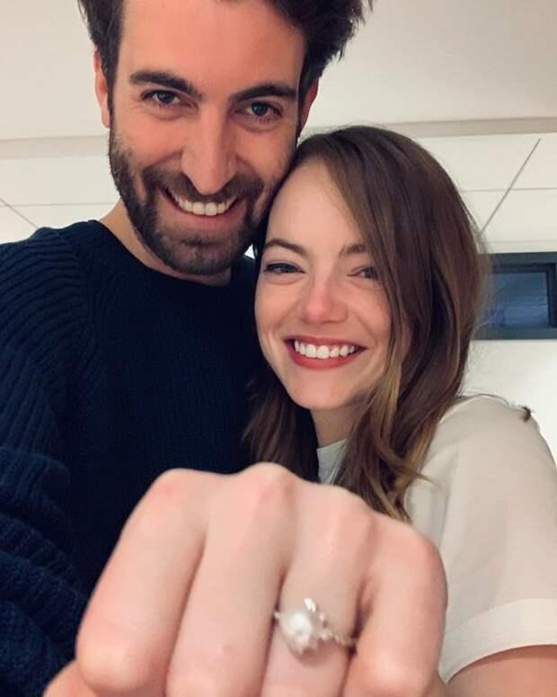 Эмма Стоун отложила свадьбу из-за эпидемии коронавируса