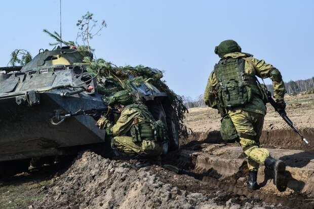 Сербия заморозила военные учения с другими странами по требованию ЕС насчет Белоруссии