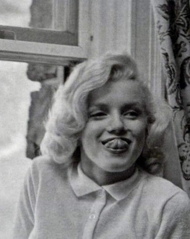 Гримасы знаменитостей в серии забавных фотографий