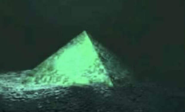 Затопленные пирамиды Судана: археологи спутились в подводные ходы под пустыней
