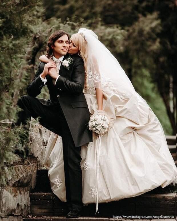 Жена Александра Реввы призналась, что не хотела выходить за него замуж