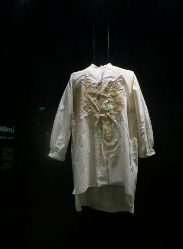 Герой-террорист, или окровавленная рубашка.