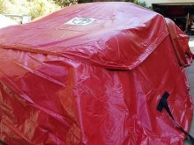 Наводнение не страшно: для автомобилей изобрели специальный чехол