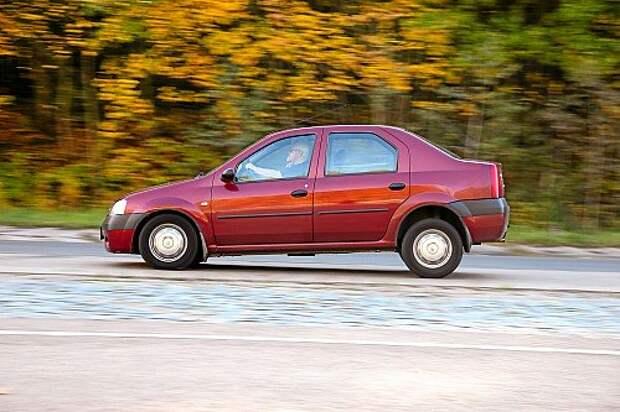 Носитель колодок – Renault Logan в версии без ABS.