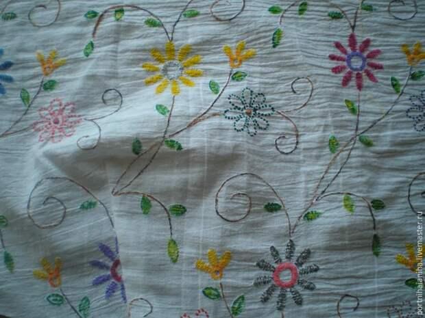 «Нарисуем, будем шить»: расписываем блузочную ткань