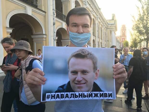 «Предсказуемые словно дети», - «неожиданное» заступничество творческой интеллигенции. Навальный может спать спокойно…