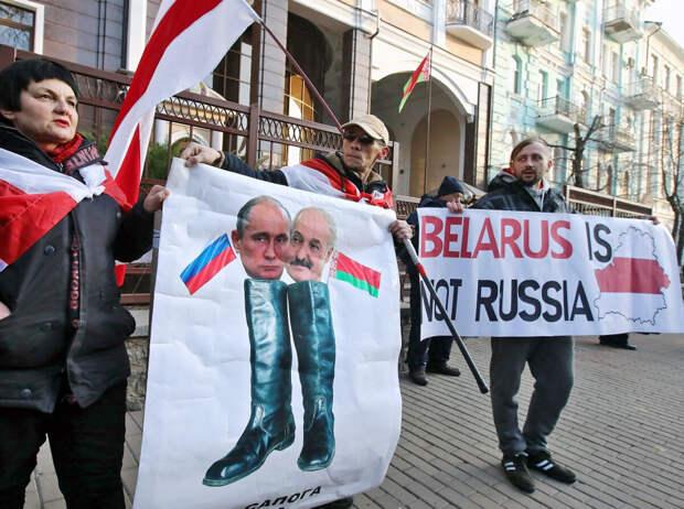 Иван Ваганов: Белорусы, учитесь на ошибках славянских братьев! Или кому выгодно свержение Лукашенко