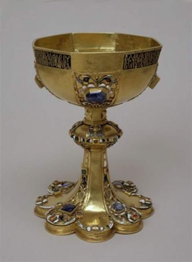 Драгоценная посуда Древней Руси: Кубки