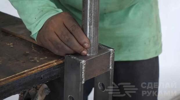 Гибочный станок по металлу (сделайте себе эту полезную вещь)