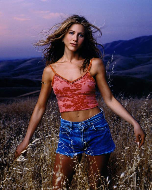Дженнифер Энистон (Jennifer Aniston) в фотосессии Марка Селиджера (Mark Seliger) для журнала US Weekly (1998), фото 7