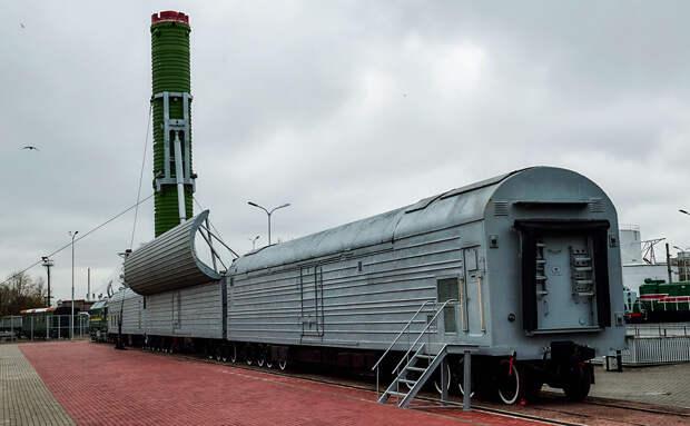 Названы сроки создания нового «ракетного поезда»