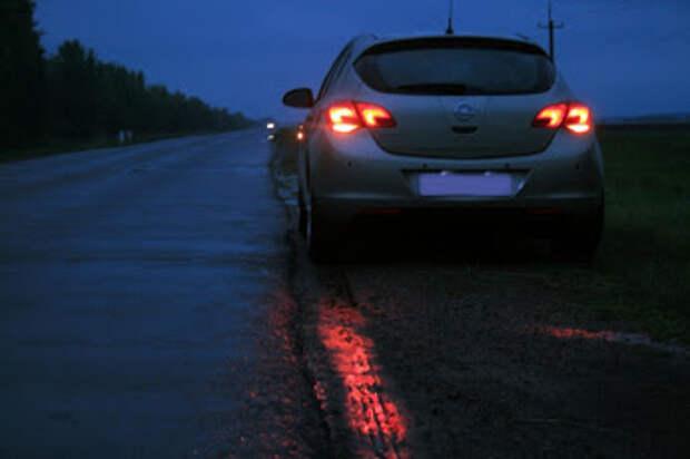Социальный эксперимент. Ждать ли помощи поломавшемуся автомобилисту на безлюдной дороге в Севастополе (видео)