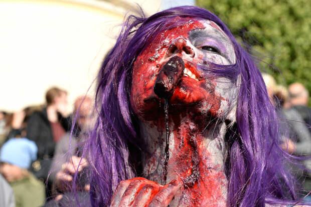 """""""Нашествие зомби"""" в историческом центре Дюссельдорфа"""