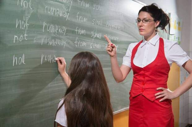 Школам запретили правило «звонок только для учителей»