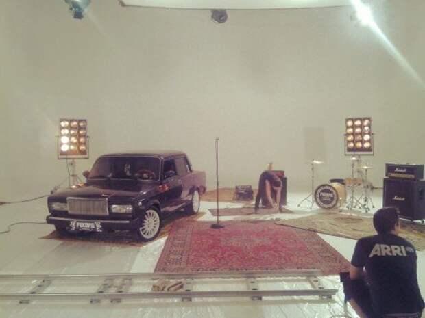 «Лада седан — баклажан»: исполнитель суперхита — о российском автопроме и девушках из Comedy