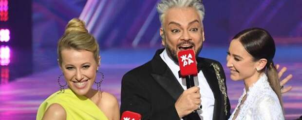 Бузова покинула премию «Жара» из-за вопроса о Даве