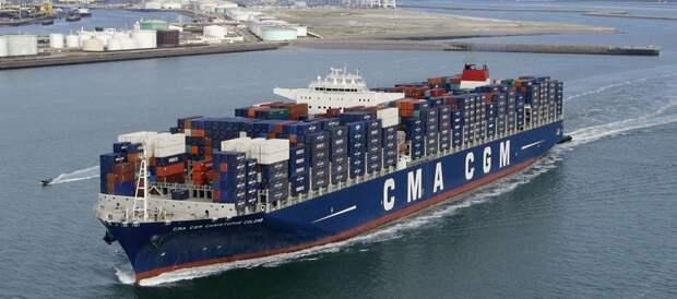 Китайский контейнеровоз. (из свободных источников).